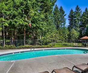 Pool, Mariners' Glen Apartment Homes