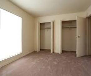 Bedroom, 3775 Houston Ave Macon, GA 31206