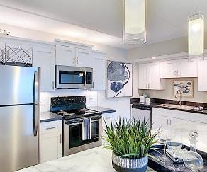 Kitchen, Elon Winter Park