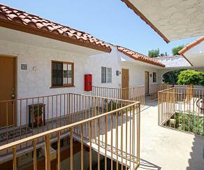 Building, Las Casas