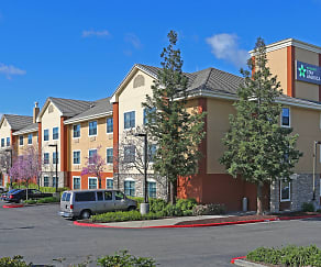 Building, Furnished Studio - Sacramento - Roseville