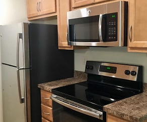 Kitchen, River Bend Apartments