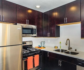 Kitchen, Sutton Place Apartments