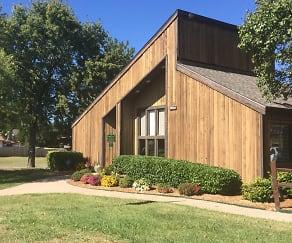Building, Willow Creek