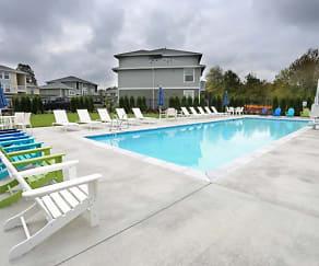 Pool, Acero Ridgefield
