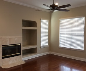 Living Room, 1517 Harmon Avenue