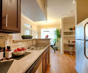 Kitchen, 77008 Luxury Properties