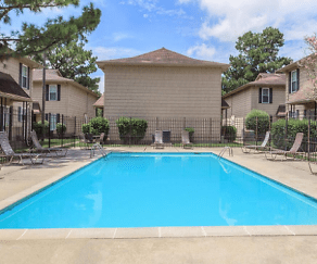 Pool, Cedarwood Apartments
