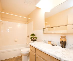 Bathroom, Country Club Apartments