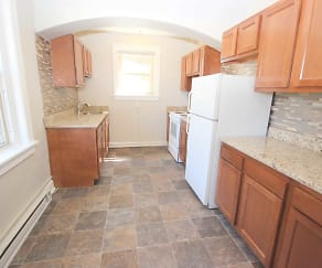 Kitchen, Squirrel Hill Apartments