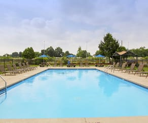 Pool, Blendon Square Townhomes