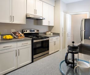 Kitchen, Alpine Meadows Apartments
