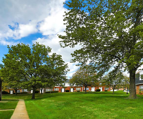 Make Chadwick Manor Townhomes your new home., Chadwick Manor