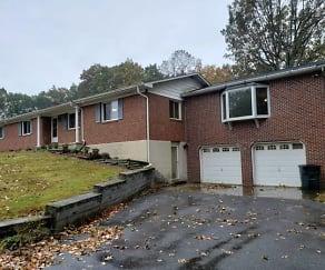 Building, 3100 Littlestown Pike