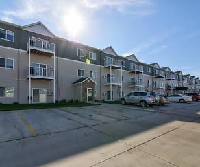Building, Woodbridge Apartments