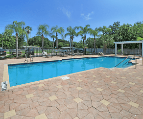 Pool, Treesdale Apartments