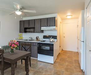 Kitchen, Hilton Village II Apartments