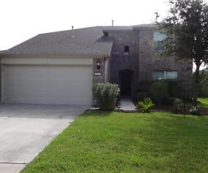 927 Honeysuckle Vine Drive, Fairchilds, TX