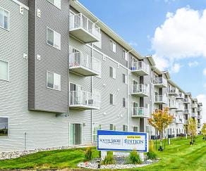 Building, South Shore Landing