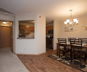 Dining Room, Woodridge Apartments