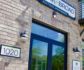 Community Signage, Park + Broad Boutique Apartments