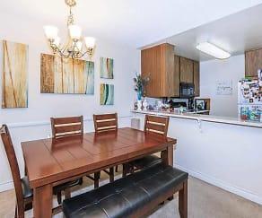 Dining Room, Grossmont Bluffs