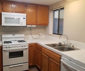 Kitchen, 55 Stenner  Unit D
