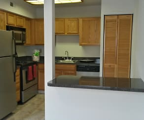 Kitchen, Robin Hill Apartments