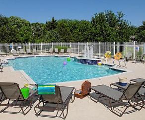Pool, Pinnacle Woods Apartments