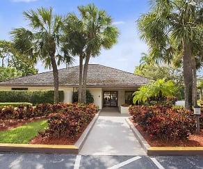 Village Crossing Apartments, Cypress Lakes, FL