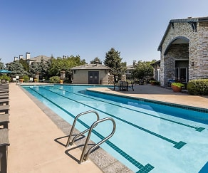 Pool, Creekside at Highlands Ranch