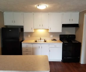 Kitchen, Carriage Hill Apartments