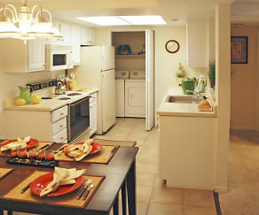 Kitchen, Park Vista Apartments