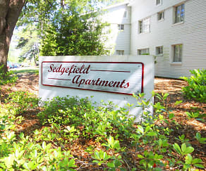Community Signage, Sedgefield Apartments