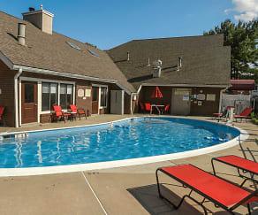 Pool, Residences at Daniel Webster