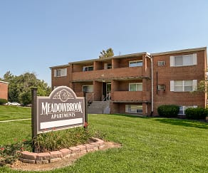 Community Signage, Meadowbrook Apartments