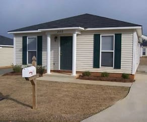 Building, The Woodlands: Apartment Home Community