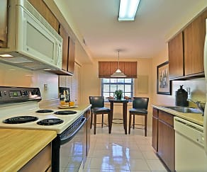 Kitchen, Chapel Valley Townhomes