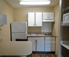 Kitchen, Furnished Studio - Houston - Willowbrook