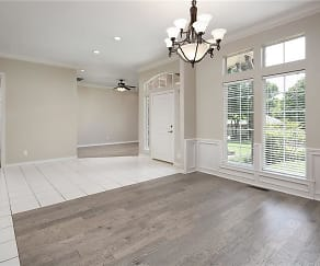3 Interior Entry and Formal Dining.jpg, 2425 Ashebury Way