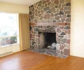 Living Room, 3009 Dianne Dr