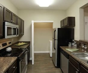 Kitchen, The Heights at Delaware Ridge