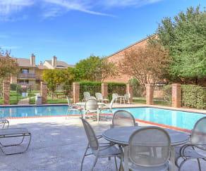 Pool, Remington Apartments
