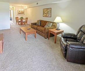 Living Room, Pennswood Apartments & Townhomes