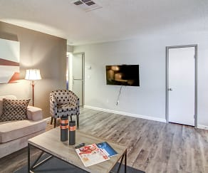 Living Room, Plata 47
