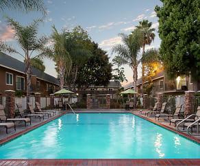 Pool, Beachwood Apartments
