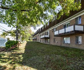 Building, Franconia Apartments