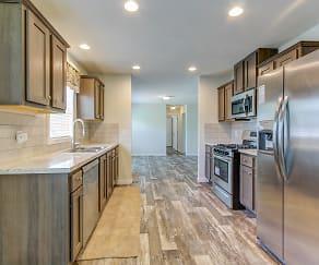 Kitchen, Orion Lakes