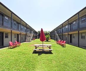 Courtyard, Eastgate Student Living