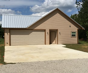 Rental Front of House.JPG, 13108 County Road 4110